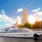 Guided tours in Moscow: by foot, by bicycle, or by tour bus?